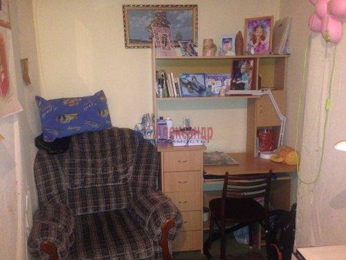 2-комнатная квартира (49м2) на продажу по адресу 18 линия В.О., 9— фото 6 из 9