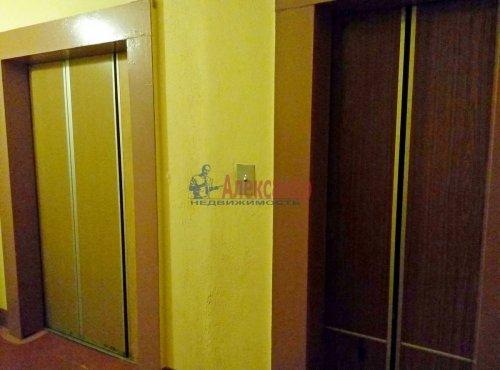 1-комнатная квартира (39м2) на продажу по адресу Ленинский пр., 75— фото 2 из 12