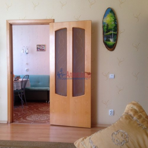 2-комнатная квартира (63м2) на продажу по адресу Новоколомяжский пр., 4— фото 1 из 22