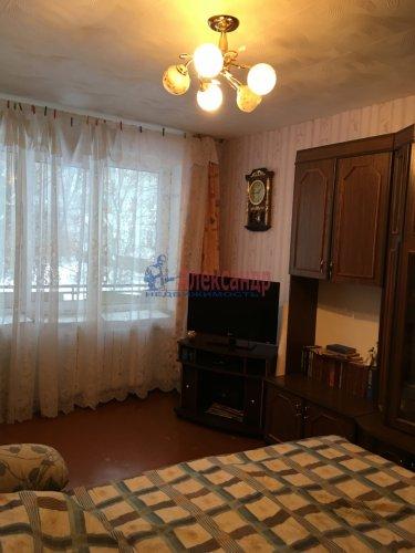 1-комнатная квартира (33м2) на продажу по адресу Будогощь пос.— фото 1 из 13