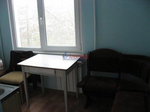 3-комнатная квартира (59м2) на продажу по адресу Шушары пос., Ленсоветовская дор., 3— фото 9 из 11