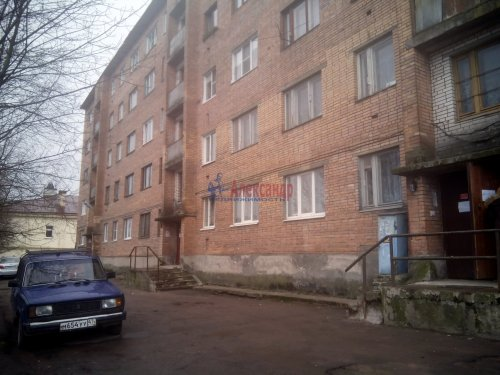 2-комнатная квартира (44м2) на продажу по адресу Выборг г., Тупиковая ул., 5— фото 1 из 10