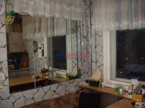 3-комнатная квартира (68м2) на продажу по адресу Комендантский пр., 40— фото 1 из 4