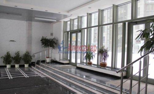 3-комнатная квартира (99м2) на продажу по адресу Шпалерная ул., 60— фото 3 из 9