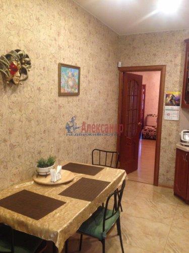 2-комнатная квартира (77м2) на продажу по адресу Кондратьевский пр., 62/3— фото 8 из 15