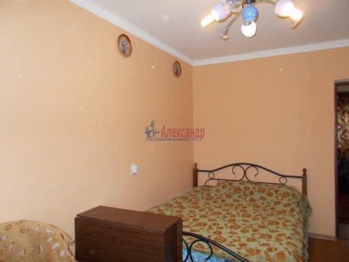 3-комнатная квартира (61м2) на продажу по адресу Ломоносов г., Ораниенбаумский пр., 49— фото 4 из 18