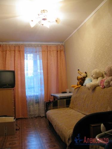 3-комнатная квартира (56м2) на продажу по адресу Никольское г., Советский пр., 225— фото 2 из 4