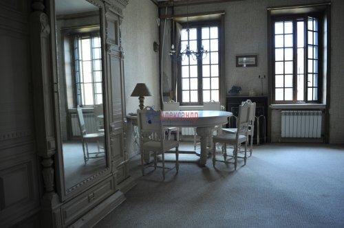 3-комнатная квартира (96м2) на продажу по адресу Канала Грибоедова наб., 27— фото 2 из 11