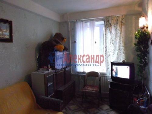 2-комнатная квартира (47м2) на продажу по адресу Всеволожск г., Александровская ул., 81— фото 3 из 9