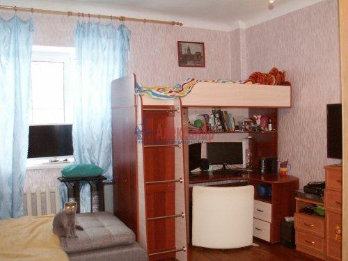 Комната в 3-комнатной квартире (69м2) на продажу по адресу Ткачей ул., 46— фото 6 из 13