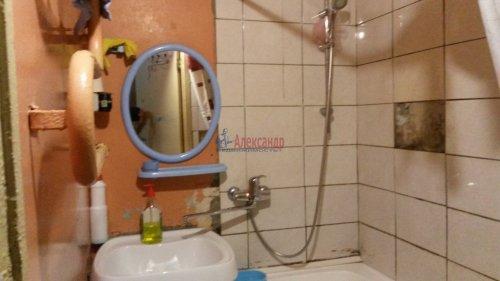 Комната в 4-комнатной квартире (80м2) на продажу по адресу Народного Ополчения пр., 187— фото 6 из 10