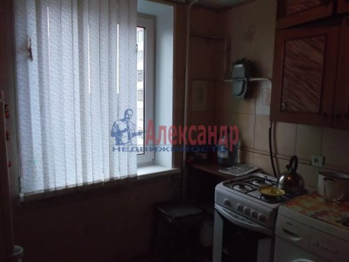 2-комнатная квартира (47м2) на продажу по адресу Всеволожск г., Александровская ул., 81— фото 5 из 9