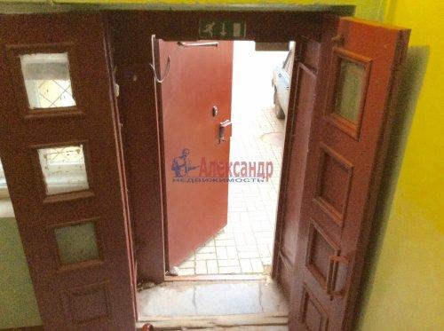 Комната в 5-комнатной квартире (100м2) на продажу по адресу Комсомола ул., 17— фото 4 из 16