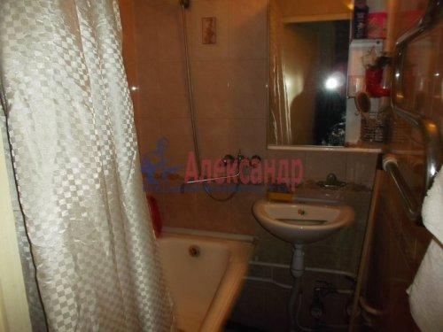 2-комнатная квартира (47м2) на продажу по адресу Всеволожск г., Александровская ул., 81— фото 7 из 9