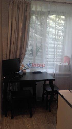 2-комнатная квартира (43м2) на продажу по адресу Петергоф г., Разведчиков бул., 16— фото 8 из 24