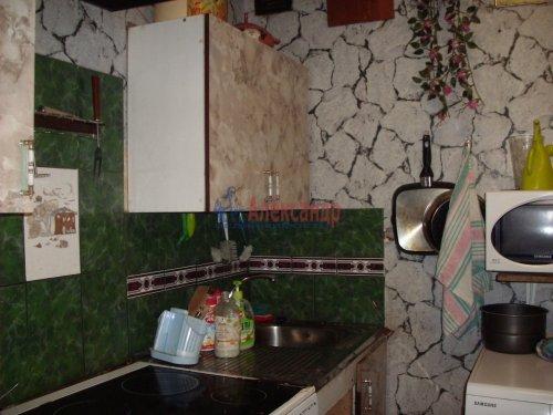 3-комнатная квартира (68м2) на продажу по адресу Комендантский пр., 40— фото 2 из 4