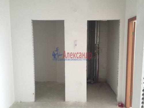 2-комнатная квартира (64м2) на продажу по адресу Гатчина г., Красных Военлетов ул., 2A— фото 7 из 9