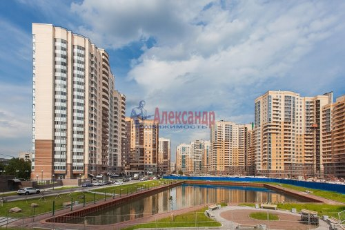 1-комнатная квартира (47м2) на продажу по адресу Бутлерова ул., 11— фото 1 из 9