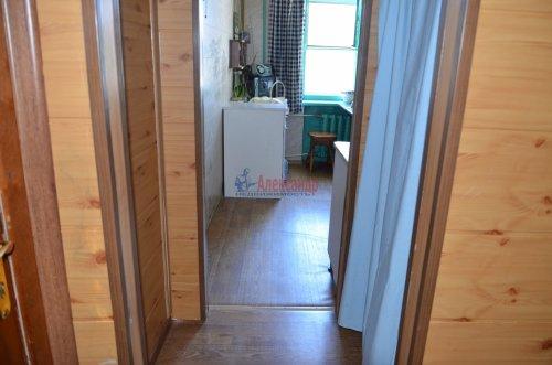 Комната в 2-комнатной квартире (52м2) на продажу по адресу Петергоф г., Санкт-Петербургский пр., 30— фото 6 из 9