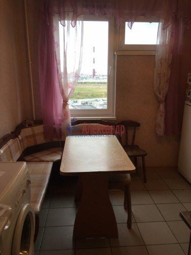 3-комнатная квартира (68м2) на продажу по адресу Школьная ул., 104— фото 3 из 8