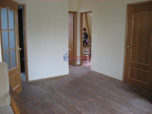 3-комнатная квартира (59м2) на продажу по адресу Шушары пос., Ленсоветовская дор., 3— фото 11 из 11