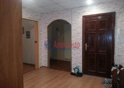 3-комнатная квартира (72м2) на продажу по адресу Коробицыно пос., 6— фото 1 из 15