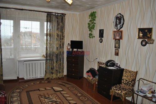 2-комнатная квартира (50м2) на продажу по адресу Тосно г., Ленина пр., 61— фото 1 из 12