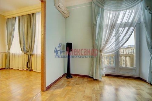3-комнатная квартира (96м2) на продажу по адресу Краснопутиловская ул., 13— фото 10 из 14