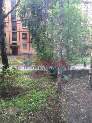 2-комнатная квартира (46м2) на продажу по адресу Гранитная ул., 48— фото 12 из 13