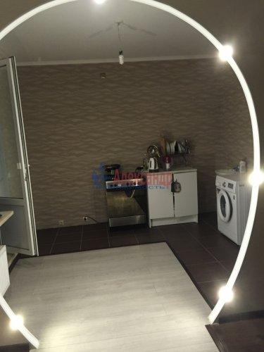 3-комнатная квартира (76м2) на продажу по адресу Новое Девяткино дер., Флотская ул., 7— фото 2 из 16