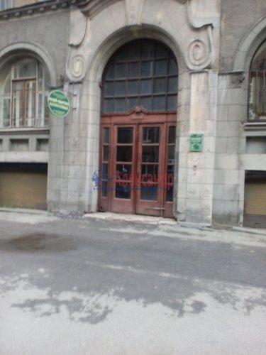 Комната в 6-комнатной квартире (135м2) на продажу по адресу 10 Советская ул., 17— фото 2 из 12