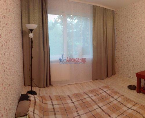 Комната в 2-комнатной квартире (46м2) на продажу по адресу Руднева ул., 8— фото 1 из 8