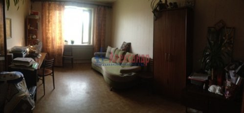 1-комнатная квартира (40м2) на продажу по адресу Большевиков пр., 30— фото 12 из 13