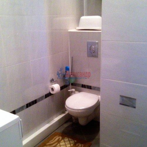 2-комнатная квартира (63м2) на продажу по адресу Новоколомяжский пр., 4— фото 14 из 22