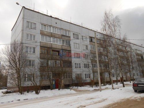 2-комнатная квартира (46м2) на продажу по адресу Молодцово пос., 6— фото 1 из 2