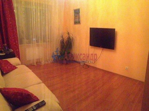 2-комнатная квартира (60м2) на продажу по адресу Беринга ул., 23— фото 10 из 15