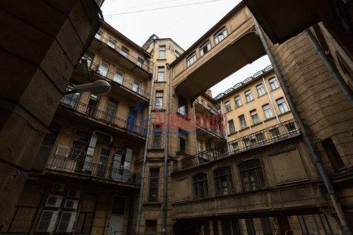 9-комнатная квартира (380м2) на продажу по адресу Кирочная ул., 24— фото 5 из 5