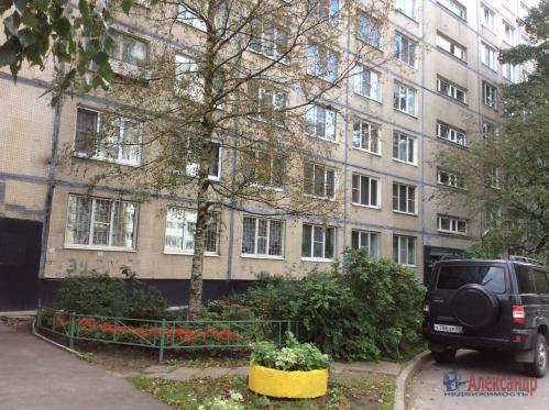 2-комнатная квартира (51м2) на продажу по адресу Подвойского ул., 24— фото 2 из 16