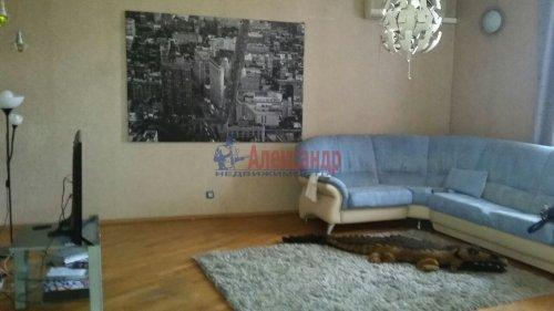 3-комнатная квартира (105м2) на продажу по адресу Тульская ул., 9— фото 2 из 12