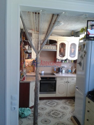 2-комнатная квартира (43м2) на продажу по адресу Победа пос., 29— фото 2 из 12