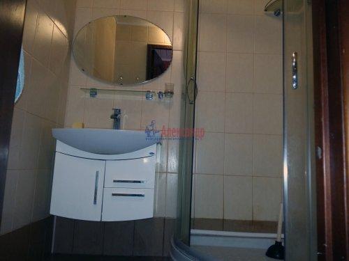 3-комнатная квартира (73м2) на продажу по адресу Приозерск г.— фото 9 из 14