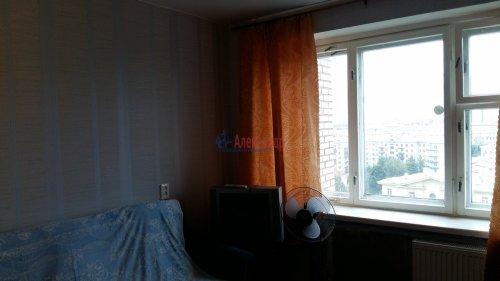 Комната в 12-комнатной квартире (200м2) на продажу по адресу Маршала Говорова ул., 8— фото 3 из 8