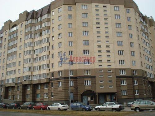 1-комнатная квартира (39м2) на продажу по адресу Оптиков ул., 52— фото 4 из 24