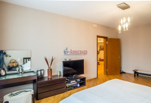 3-комнатная квартира (145м2) на продажу по адресу Коломяжский пр., 20— фото 16 из 33