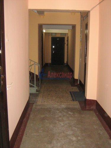 2-комнатная квартира (50м2) на продажу по адресу Светлановский просп., 62— фото 6 из 22