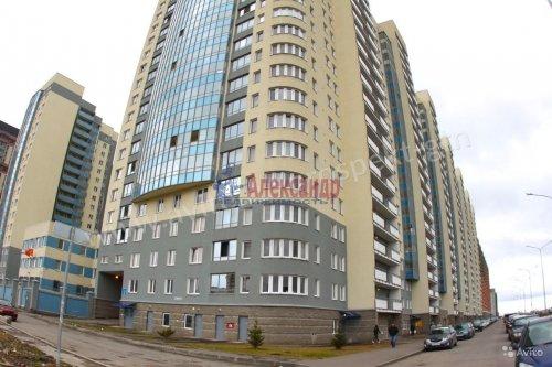 1-комнатная квартира (35м2) на продажу по адресу Маршала Казакова ул., 68— фото 1 из 14