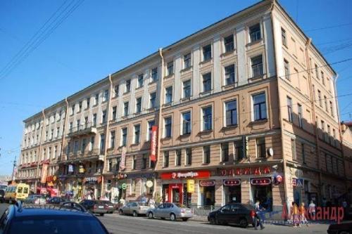 4-комнатная квартира (92м2) на продажу по адресу Садовая ул., 42— фото 3 из 3