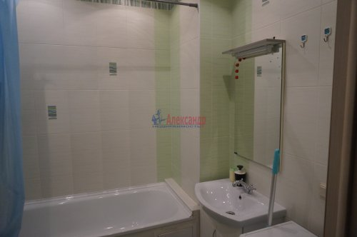 1-комнатная квартира (42м2) на продажу по адресу Дунайский пр., 7— фото 4 из 8