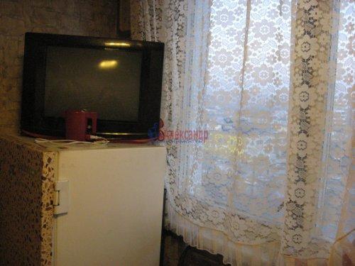 2-комнатная квартира (45м2) на продажу по адресу Большевиков пр., 31— фото 6 из 7