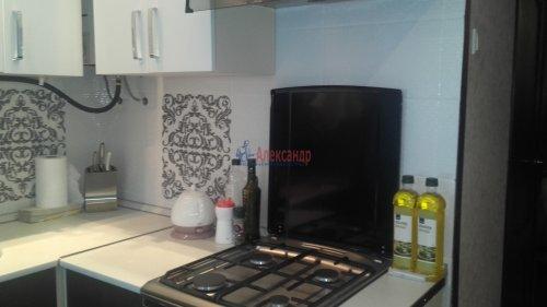 2-комнатная квартира (43м2) на продажу по адресу Петергоф г., Разведчиков бул., 16— фото 11 из 24